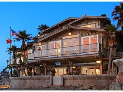Ahoy, matey! Seaside cottage with views of the Pacific. #beach #home #architecture