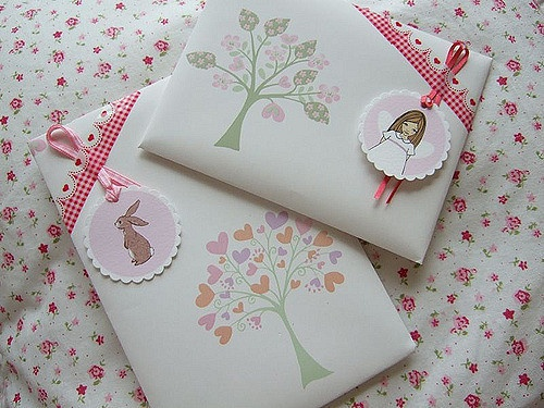 Gift wrapping for Easter