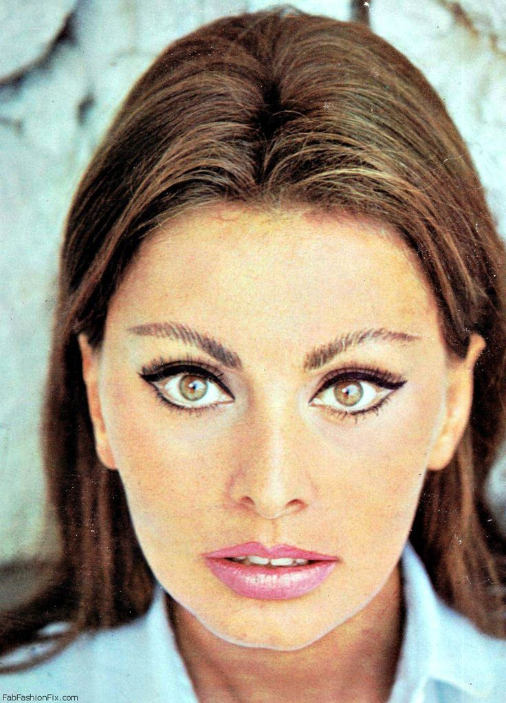 Sophia Loren with 1960s Inspired Makeup