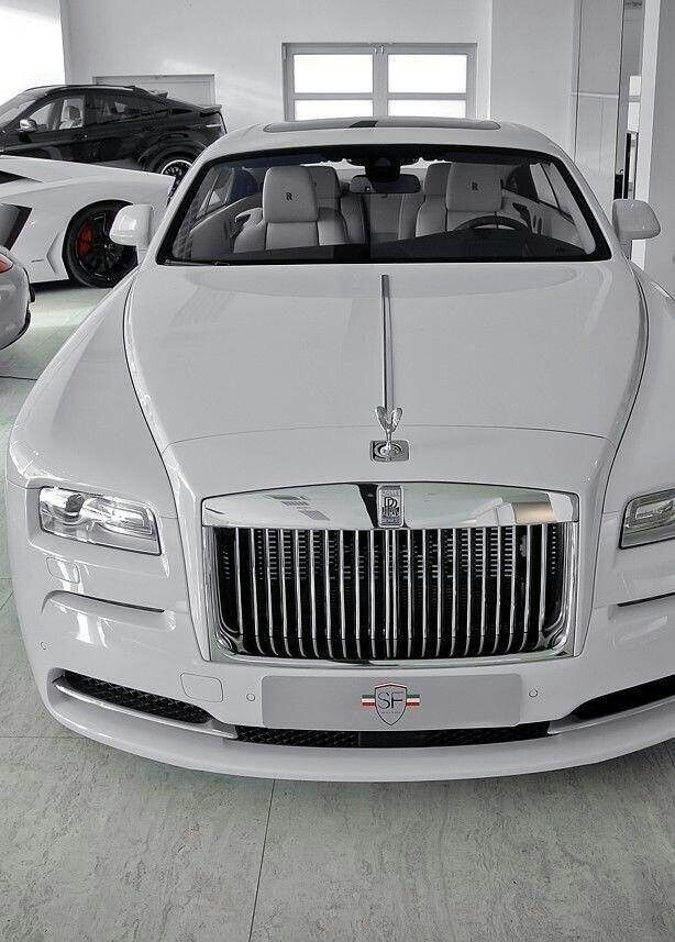 Rolls Royce Ghost                                                       …