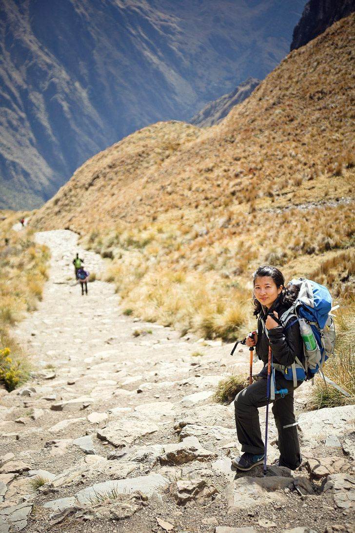 1. Inca Trail Location: Peru Distance: 26 miles Time: 4 days Best Time to Go: May to September One of the most popular hikes in the world, the Inca Trail takes you through 26 miles of grueling inclines and declines. You get a chance to explore ruins, jung