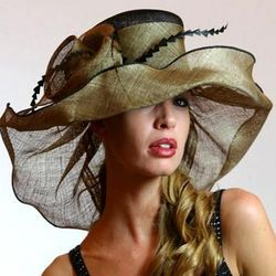 This Green Pamela Sinamay Hat would be a fun addition to a Spring/Summmer wardrobe