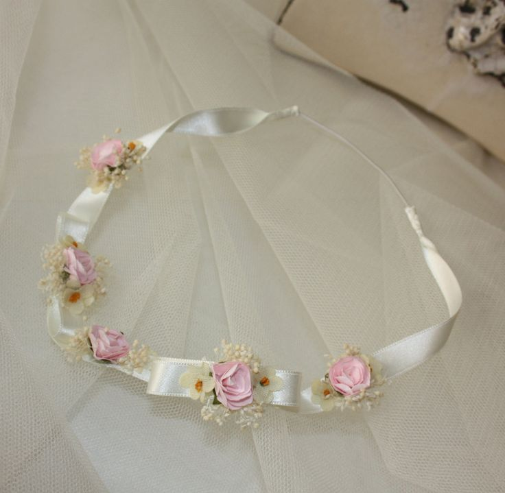 Top 25 best diademas para bautizo ideas on pinterest - Flores para diademas ...