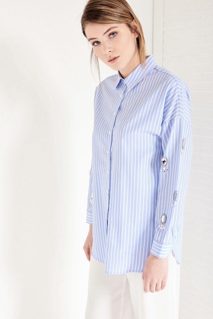 Mavi Çizgili Kolları Taş Detaylı Kadın Gömlek Vavist by trendyol | Trendyol