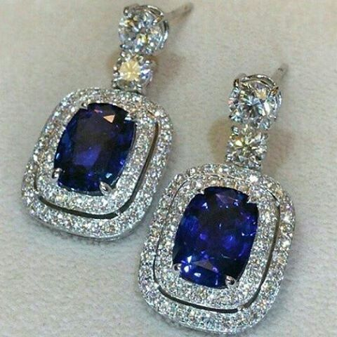 Mm_mucevhermagazin. Splendid blue sapphire earrings. Magnificent jewel. Exceptional colour. Impressive stones carat. Princely gift. Royal jewellery. Most expensive jewel. Exclusive jewel.