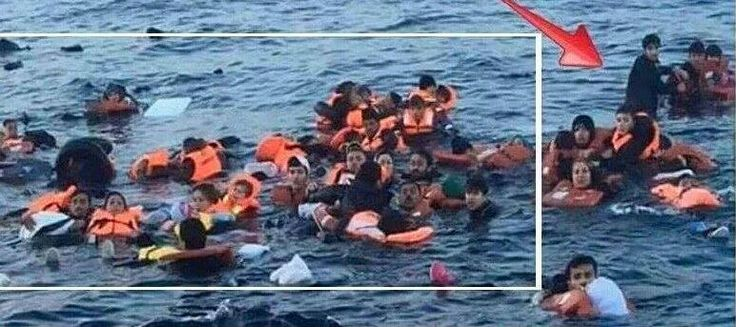 Iconic Refugee Picture Has Proven To Be A Huge Lie. Here's The Real Photo [image] : AWM