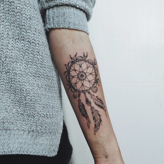 Эти татуировки были в моде в 2016-м http://be-ba-bu.ru/interesno/fashion/eti-tatuirovki-byli-v-mode-v-2016-m.html