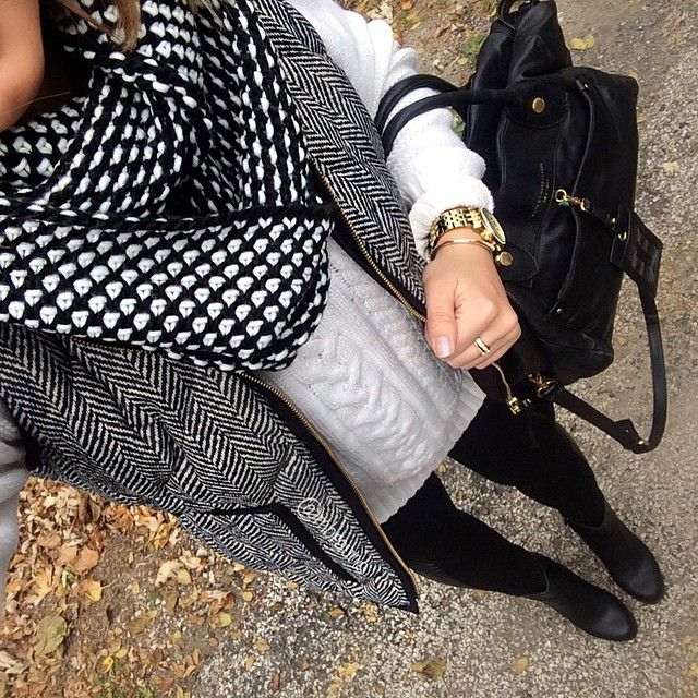 Forever 21 scarf, Jcew Herringbone Vest, Old Navy cable knit oversized sweater, faux leather panel leggings & F21 Ankle booties || instagram.com/mbrauns