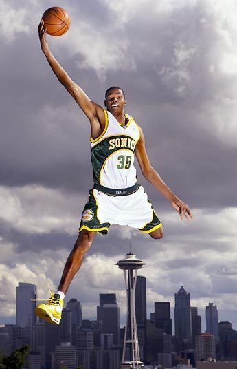 Kevin Durant at Kerry Park #Sonics #Seattle #TheNeedle