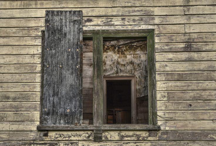 Abandoned house, South Canterbury NZ.