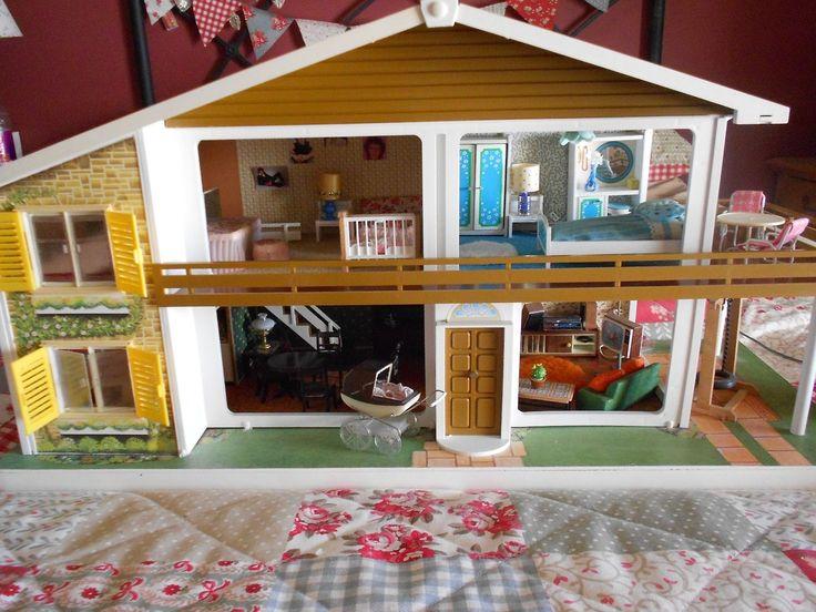 Vintage Oakleaf dolls house fully furnished with Lundby lights | eBay