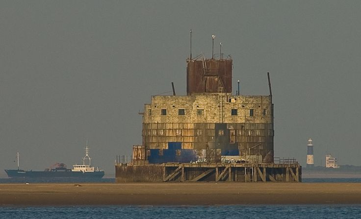 Haile Sand Fort That Survived Attacks In Both World Wars For Sale. In 1914 the Admiralty wanted to use the Humber Estuary as a safe place to assemble coastal convoys, so in May 1915 construction of two offshore forts was commenced with their construction being concluded in 1919. The forts were Bull Sand Fort and its smaller sister, the Haile Sand Fort. The forts were in active service until 1956, and manned until the early 60s.