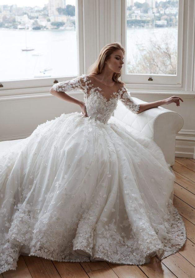 Свадебные платья с цветочными аппликациями - 20 примеров