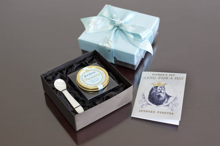 Oscietra Caviar and Mother of Pearl Spoon Gift Set