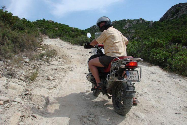 Korsika - Cesta k pláži Saleccia