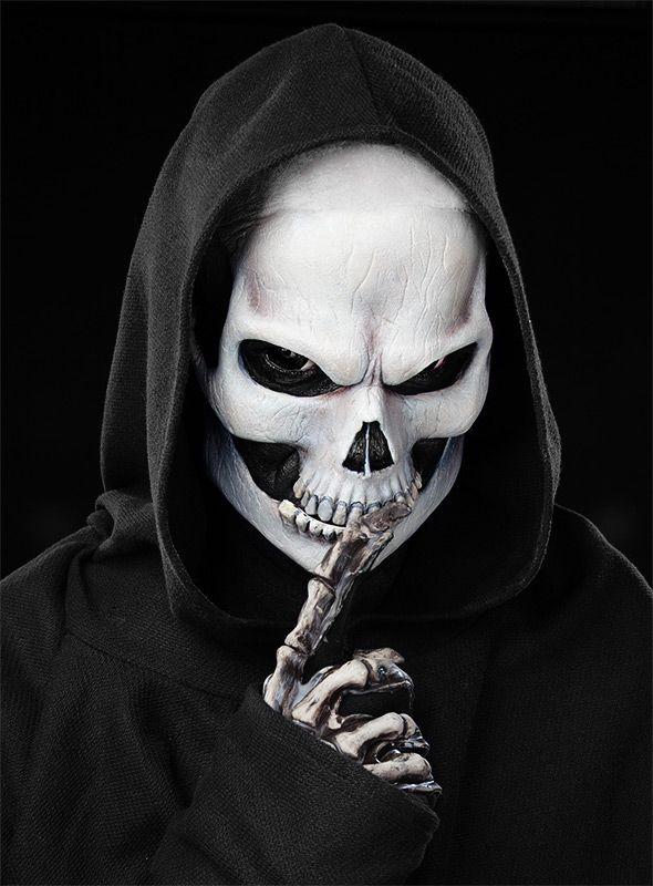 Halloween Make-up Tutorial Totenkopf maskworld.com
