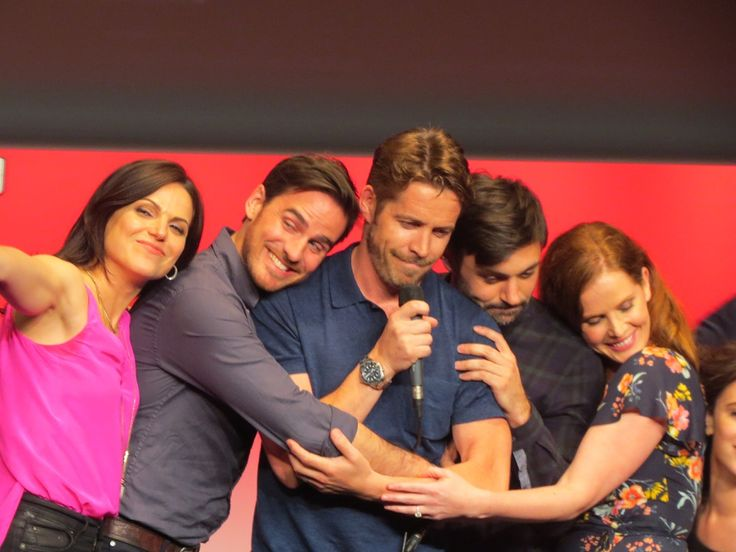 Can't stop, won't stop repinning this moment. Lana Parrilla, Colin O'Donoghue, Sean MaGuire, Liam Garrigan, Rebecca Mader & Amy Manson