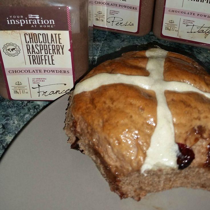 choc-raspberry hot crossed buns