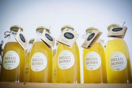 Акациевый и каштановый мед остаются жидкими в бутылке