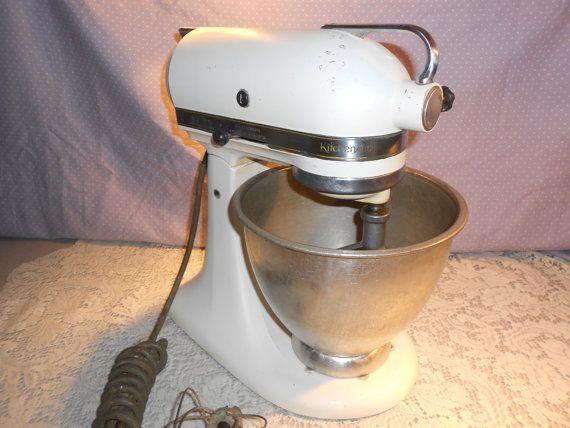 Vintage KitchenAid Stand Mixer Model K4-B by ShalaylasVintage