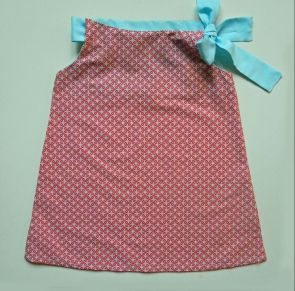 Patron modèle gratuit robe d'été fillette fille tuto couture - DIY Free pattern to sew a beautiful dress for girls - Couture - Pure Loisirs