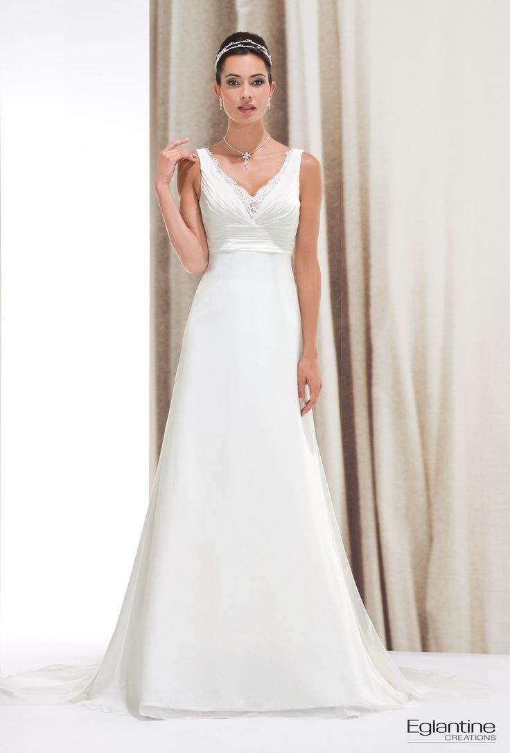 Robe blanche fluide mariage
