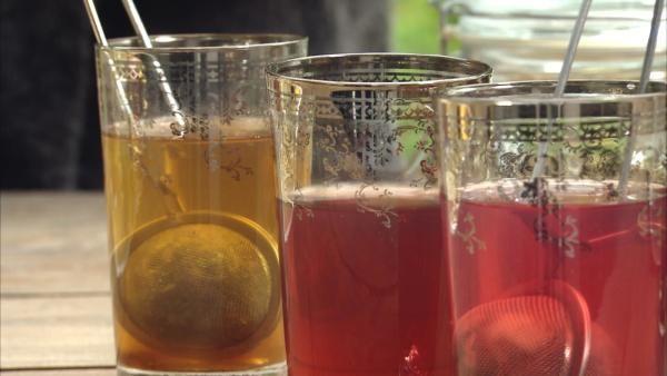 tre glas med te -blanda te själv, Strömsö
