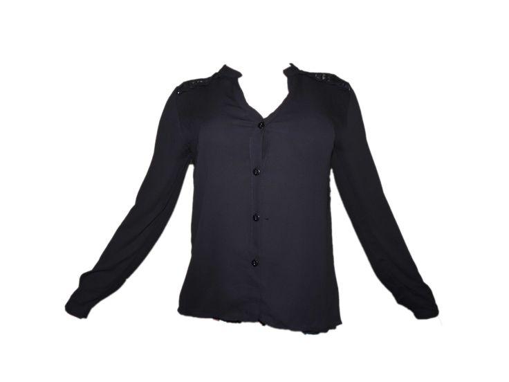 Dantelli Düğmeli Siyah Bluz