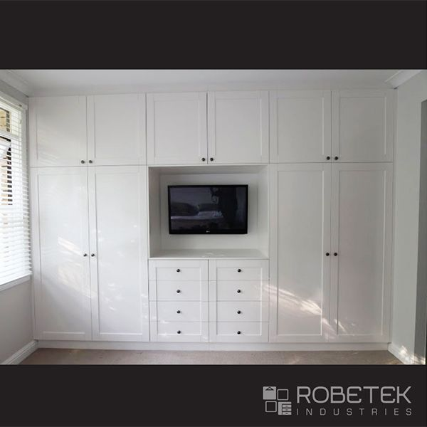 BUILT IN WARDROBE DESIGNS. Built In Wardrobe, Dressing Table And The TV  Unit All In One. The Symmetrical Design Not Only Looks Good But Is Very  Easily ...