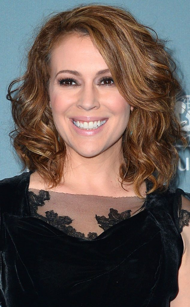 We figure the gorgeous @Alyssa_Milano didn't prep her locks with the right #freefromfrizz products.Alyssa join the #freefromfrizz community!