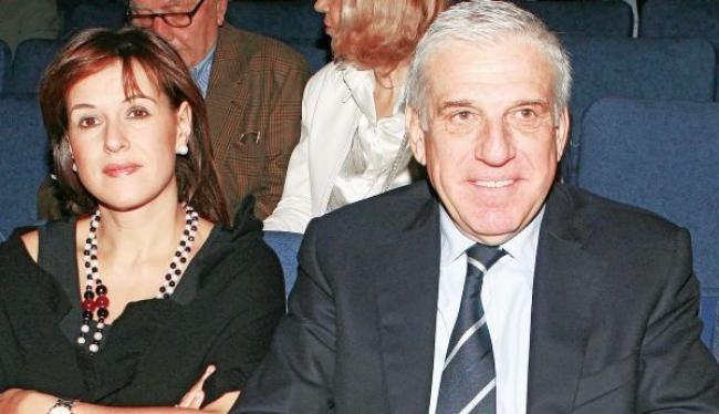Βόμβα: Πόσα χρόνια φυλακή έφαγαν ο πρώην Υπουργός Παπαντωνίου και η σύζυγος. Ποιος ο λόγος Crazynews.gr