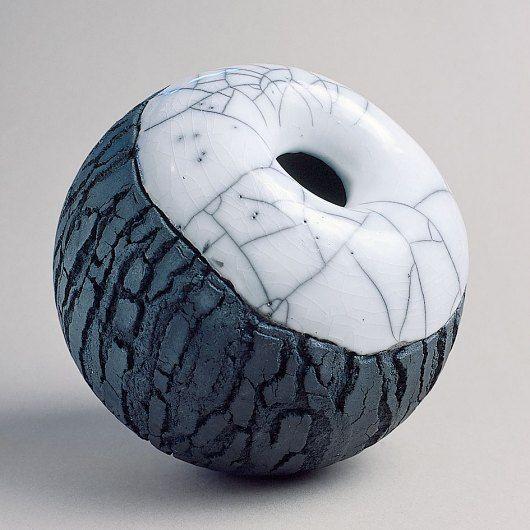 ceramic art raku keramik kunst schweiz - schweizer kuenstler - galerien keramik