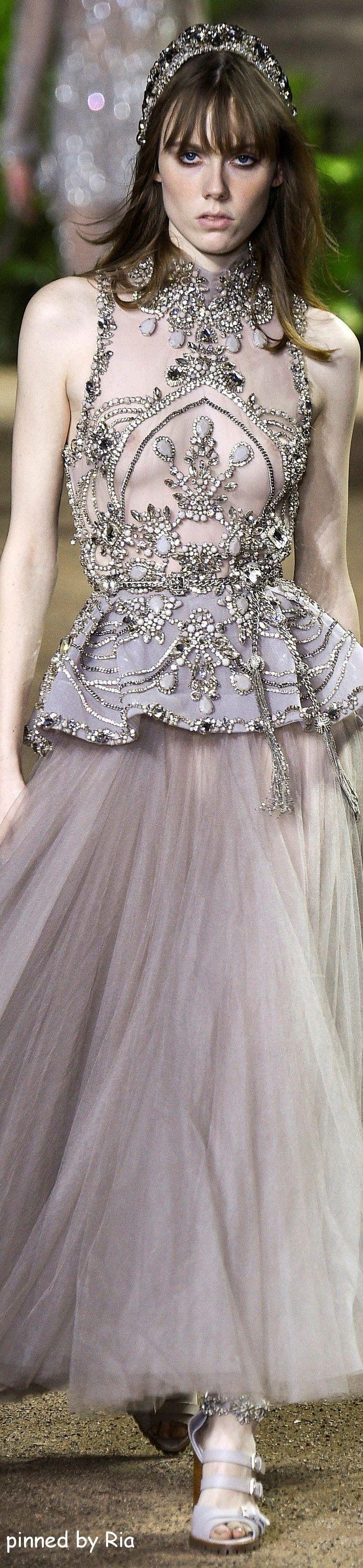 Elie Saab Spring 2016 Couture l Ria