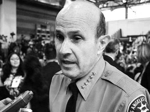 National Sheriff of the Year Pleads Guilty, Rats out Deputies, Exposing Rampant Police Corruption in LA | The Daily Sheeple