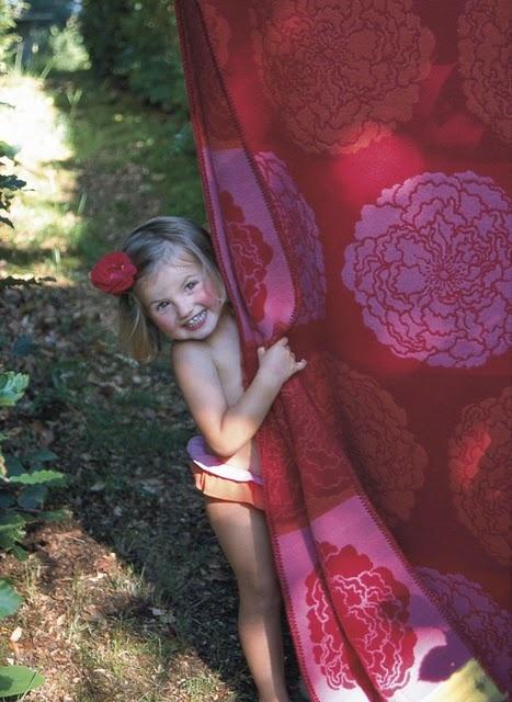 Beautiful Blanket, Adorable Little Girl~