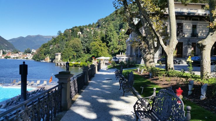 Time is perfect now to plan your next trip! Make sure #LakeComo is on top of your 2018 travel wish list: http://bit.ly/2FvEOLw  #LuxuryTravel #Beautifuldestination #Italy