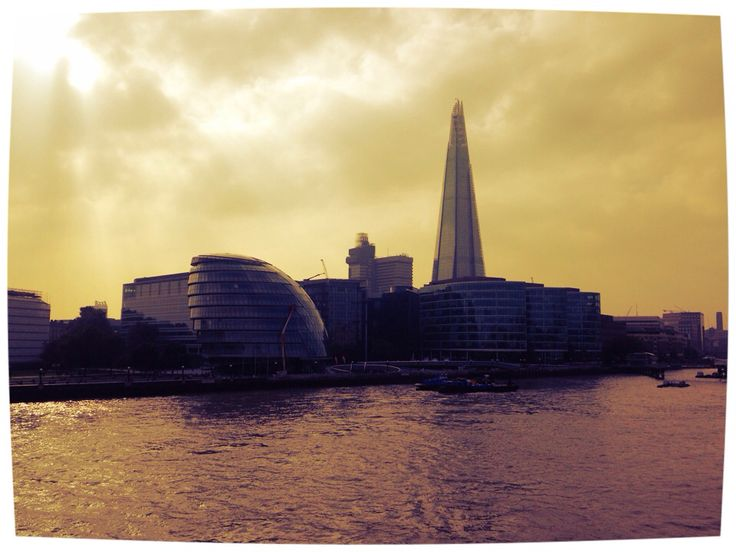 London City Hall & The Shard.   Architects: Norman Foster, Renzo Piano.