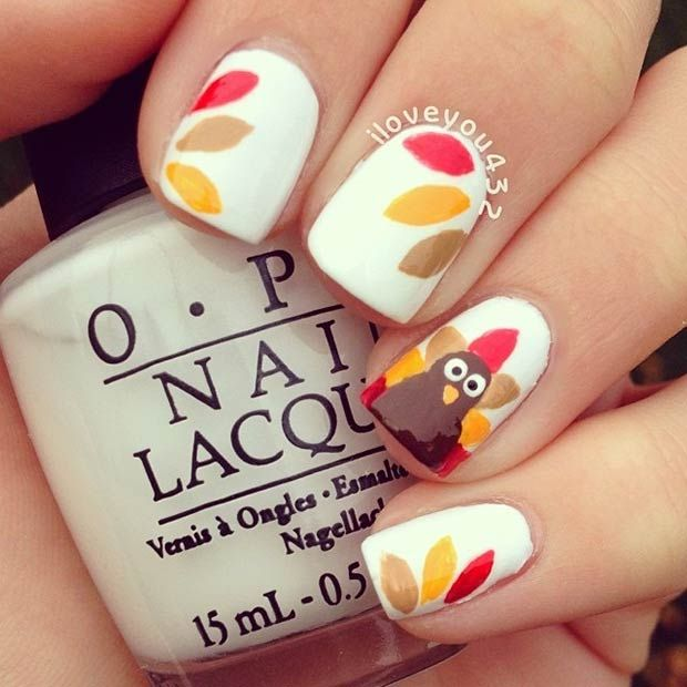 Turkey Accent Nail + Feathers