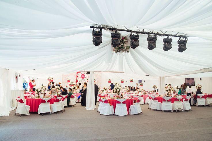 """Праздничный ужин. Шатер. 270 гостей. Декор и стиль Свадебной истории - студия предметного дизайна """"La-Decor"""""""