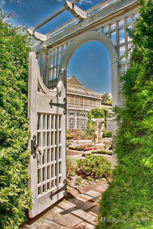 Parkwood Estate, Oshawa, Ontario Canada – the Italian Water Garden.