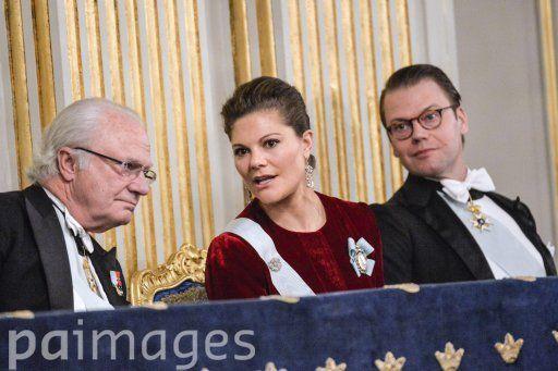 Foro Hispanico de Opiniones sobre la Realeza: La Familia Real sueca en el encuentro anual de la Academia Sueca 20/12/2014