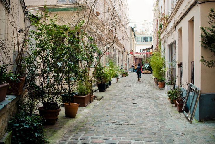 Cour de l'Ours  95 Rue du Faubourg Saint-Antoine  75011 Paris    Métro : Ledru-Rollin ou Bastille