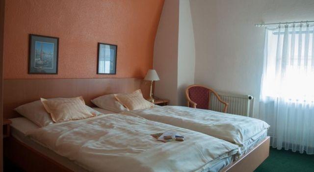 Hotel Stadt Cuxhaven - 3 Sterne #Hotel - CHF 38 - #Hotels #Deutschland #Cuxhaven http://www.justigo.li/hotels/germany/cuxhaven/stadt-cuxhaven_212096.html