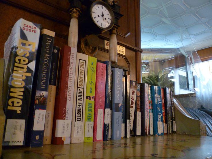 Se Vuoi leggere troverai la libreria con scelta in lingua italiana e straniera