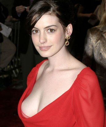 Anne Hathaway. In red! Love a lady in red.