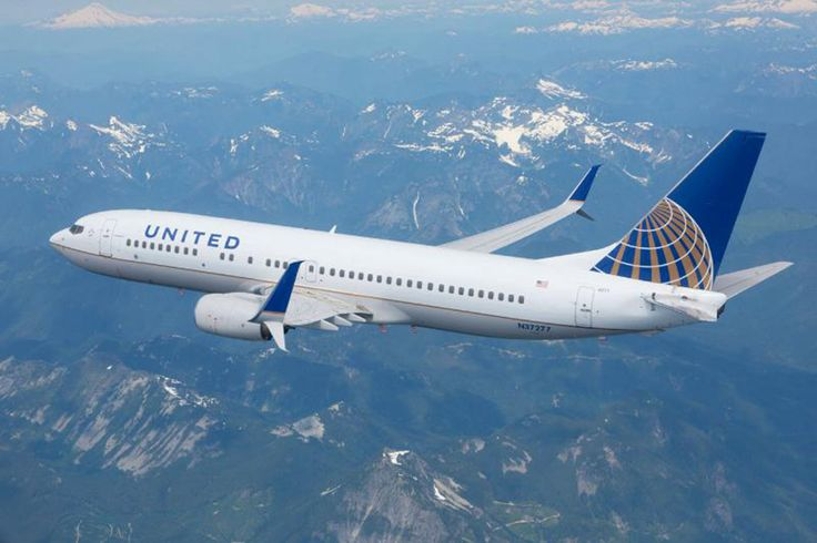 United Airlines Returns to Paine Field With New Services