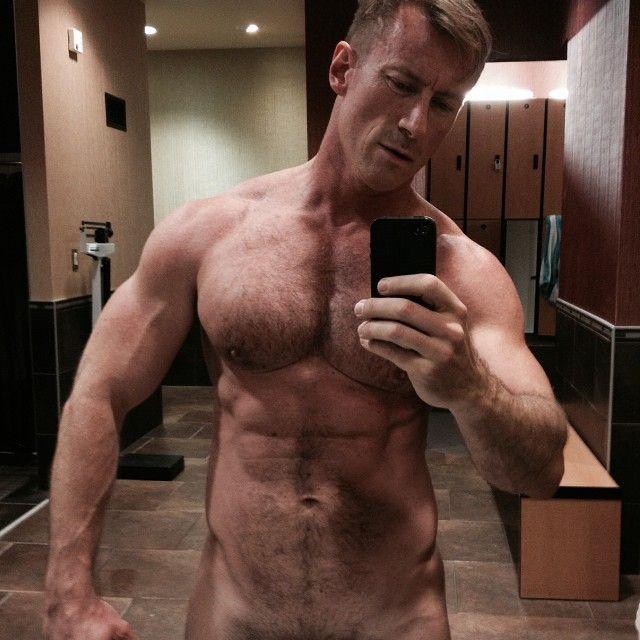 Beefy schwule Männer über 40