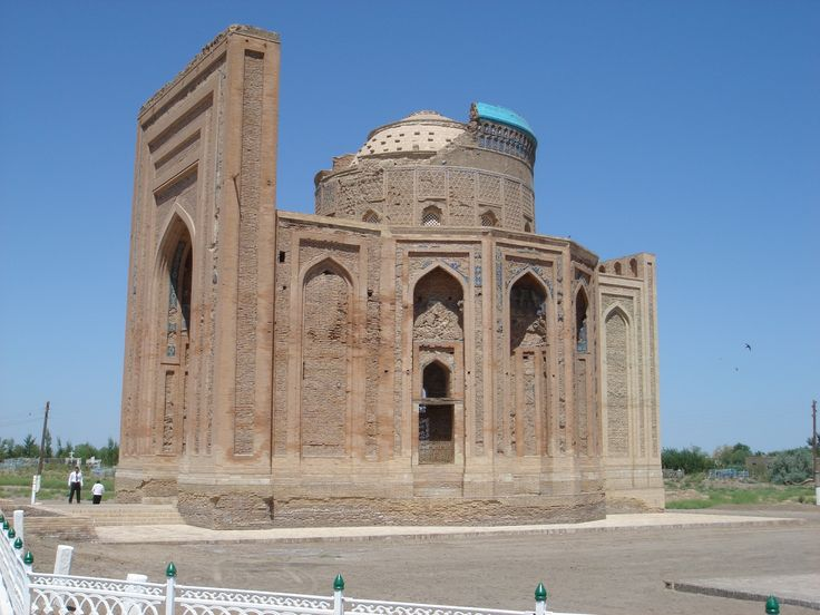Turabek_Khanum,_from_the_south.JPG (2592×1944) The Mongol conquest involved some of the bloodiest massacres in history. The sacking of Old Urgench is held to have involved the slaughter of 1.2 million civilians, in 1221.