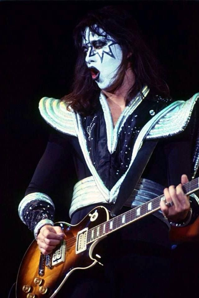16 best images about ace frehley and the boys on pinterest on back canvas prints and acrylics. Black Bedroom Furniture Sets. Home Design Ideas