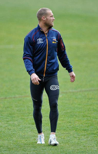 Scott Thompson Photos - Adelaide Crows Training Session - http://footyboys.com